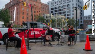Unable to open its concert hall, New York Philharmonic brings its music to the streets