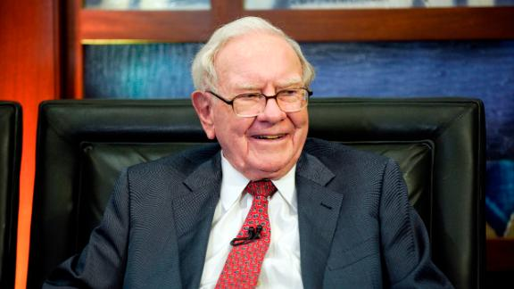 """Berkshire Hathaway Chairman and CEO Warren Buffett smiles during an interview in Omaha, Nebraska, with Liz Claman on Fox Business Network's """"Countdown to the Closing Bell """" on May 7, 2018. (Nati Harnik/AP)"""