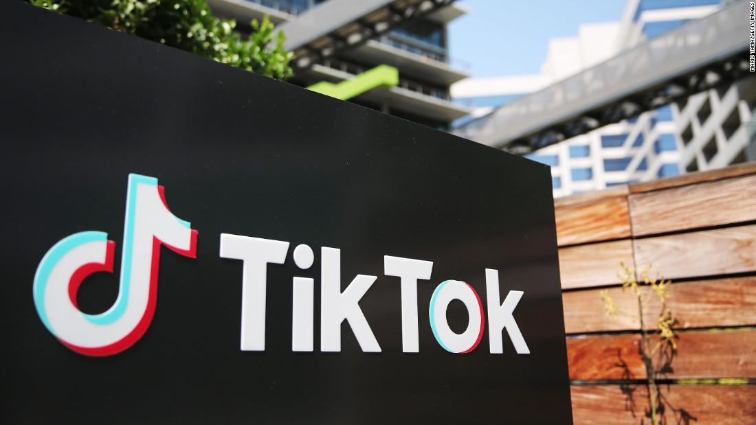 US to block access to TikTok and WeChat