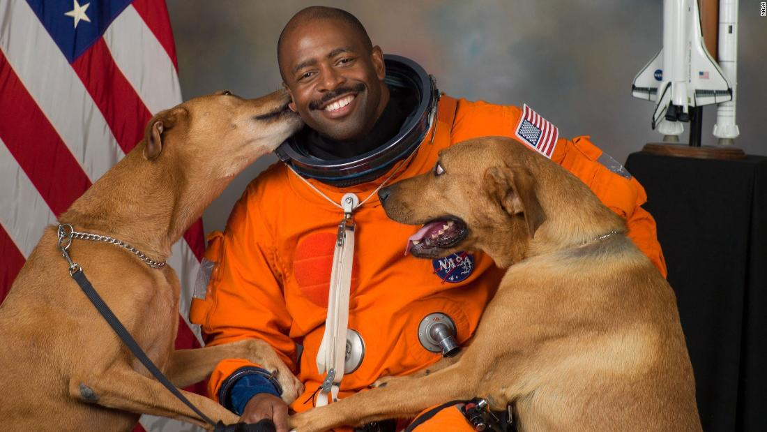 Former NASA astronaut Leland Melvin remembers the police stop that made him sweat – MSN Money