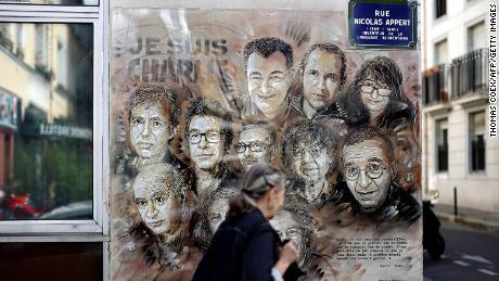 El juicio por terror de Charlie Hebdo comienza en París, cinco años después de los ataques mortales