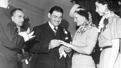 Babe Didrikson marries George Zaharias on December 23, 1938, in St. Louis.
