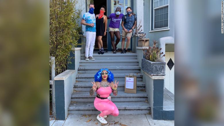 With their club closed, these drag queens are delivering dinner and a show right to your door
