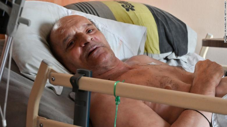 Facebook stops French man streaming his dying days