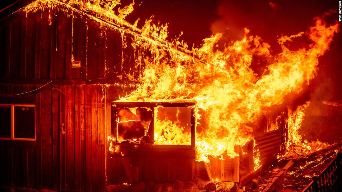 The massive West Coast wildfires have killed 7 and forced hundreds out of their homes – CNN