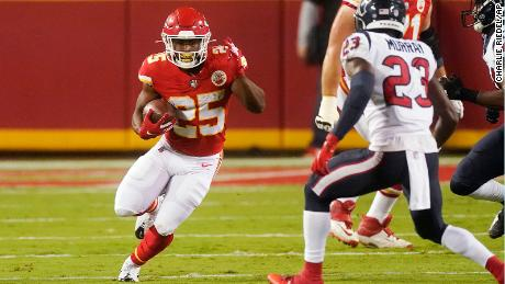Rookie running back Clyde Edwards-Helaire proved why the Chiefs selected him in the first round of the NFL draft.