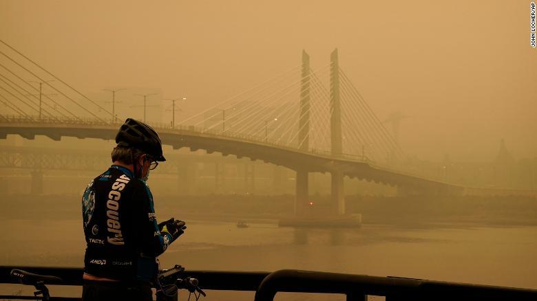 https://cdn.cnn.com/cnnnext/dam/assets/200912143931-01-portland-smoke-0912-exlarge-169.jpg