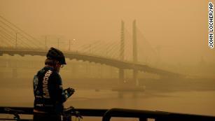 监测小组说,美国西部的空气质量是世界上最差的
