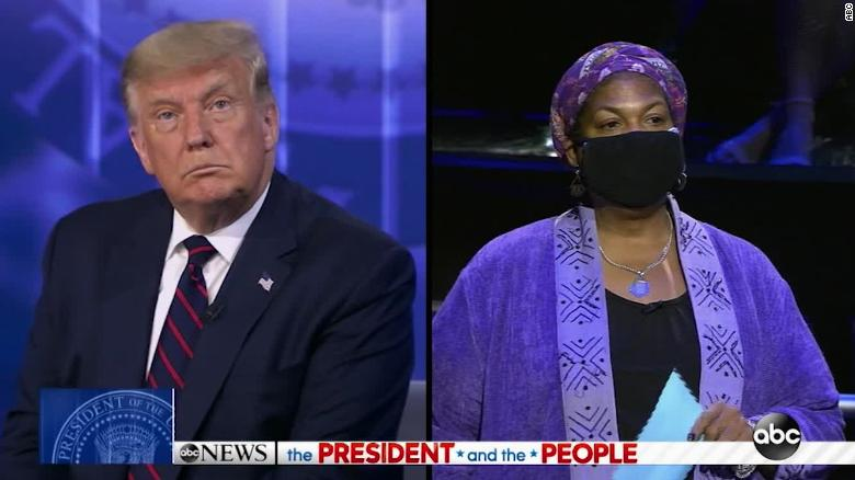 Trump Learned You Can Not Interrupt a Sista !!  [VIDEO]