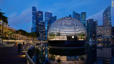 Apple's new Marina Bay Sands store in Singapore.