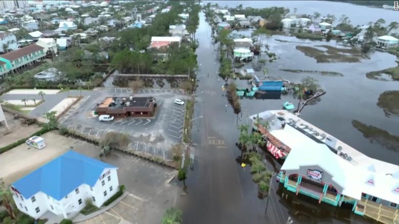 200917084258-hurricane-sally-gulf-shores