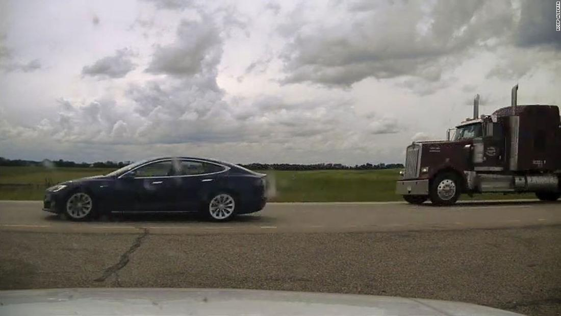 Police charge Tesla driver who was allegedly doing 90mph while asleep