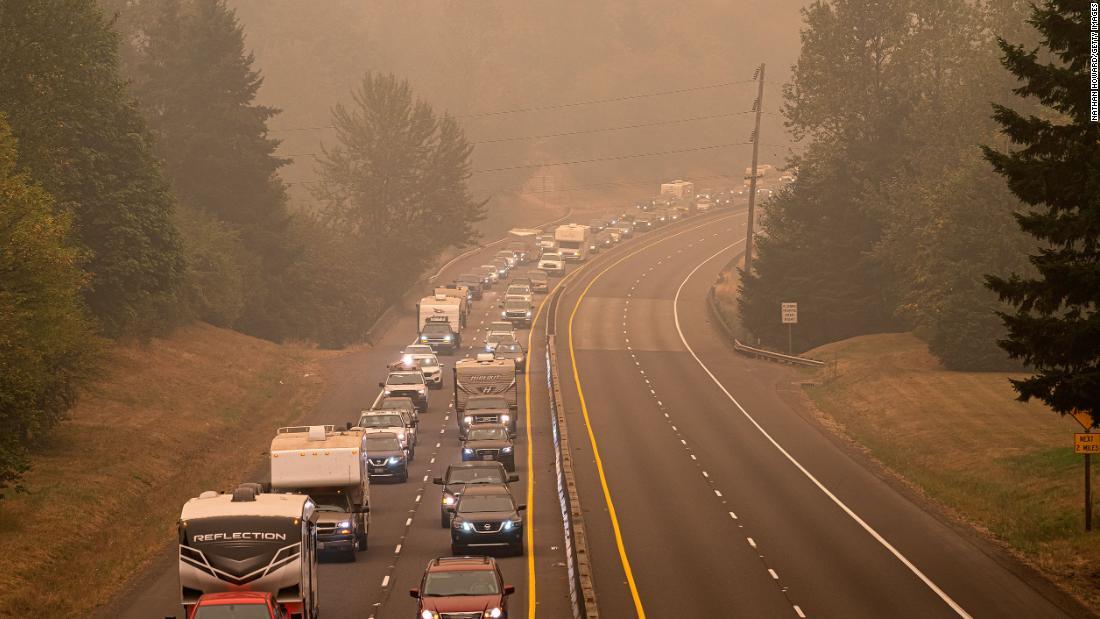 200918114222 oregon wildfire evacuation 0909 super tease