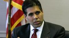 Amul Thapar, the new U. S. Attorney for the Eastern District of Kentucky, talks with The Associated Press Thursday, May 18, 2006, in Lexington, Ky. Thapar will likely oversee high-profile cases against political officials, child molesters, drug rings and employers who circumvent immigration laws.  (AP Photo/Ed Reinke)