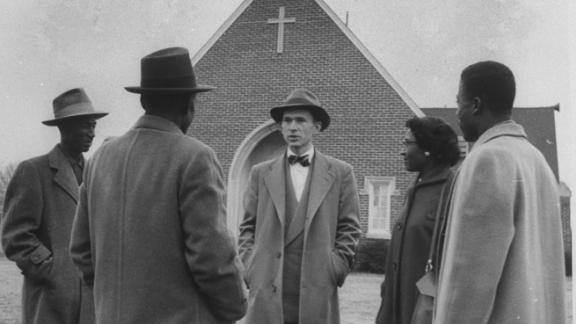 """<a href=""""https://www.cnn.com/2020/09/21/us/graetz-death-trnd/index.html"""" target=""""_blank"""">Robert Graetz</a>, a White minister famously known for his support of the Montgomery bus boycott, died on September 20, according to a Facebook post from the Southeastern Synod Evangelical Lutheran Church in America. Graetz was 92, according to the Stanford University King Institute's biography of him."""