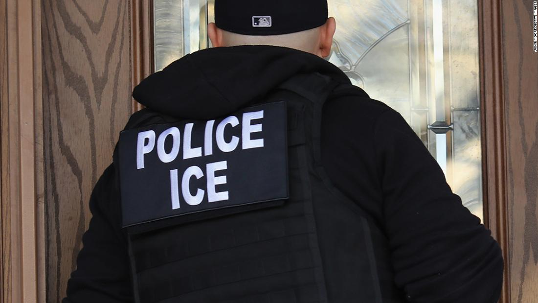 acting-ice-director-is-resigning-dhs-official-says
