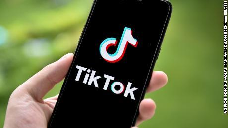 TikTok exec می گوید & # 39؛  اشتباه & # 39؛  در جلسه دادرسی درباره برنامه سانسور محتوای سین کیانگ