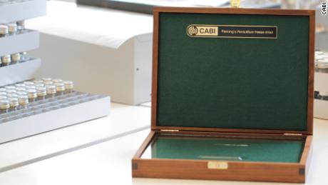 Fleming's original sample is kept in a wooden box.