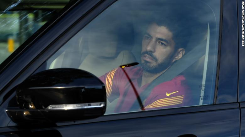 Luis Suarez accused of passing rigged Italian language exam, according to prosecutors