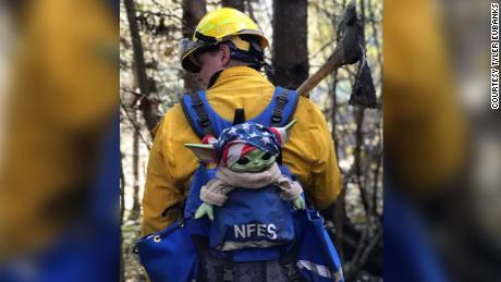 01 baby yoda firefighters