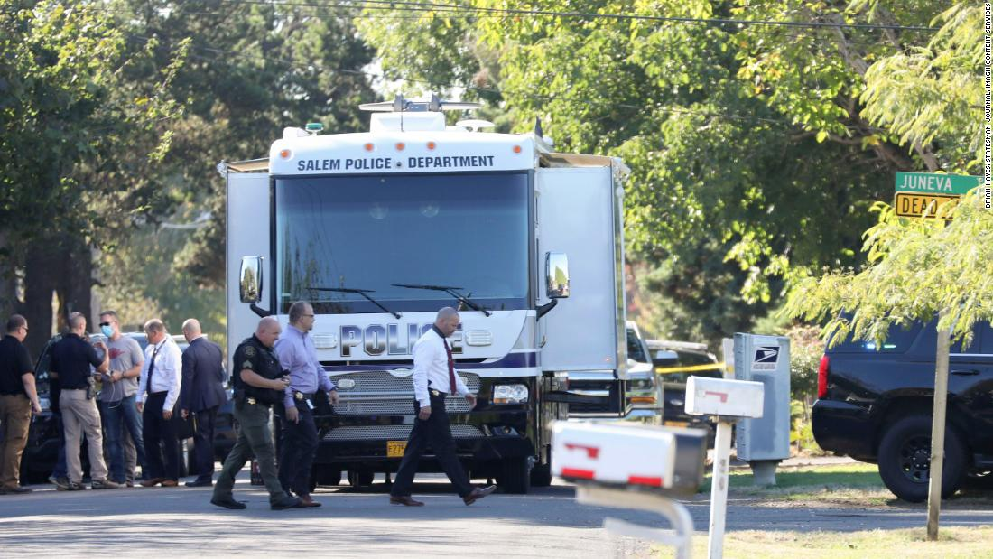 Multiple people dead after shots were fired in Oregon hostage situation