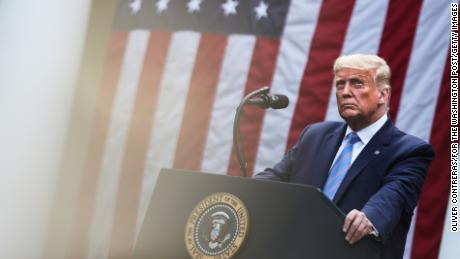 Taxes Trump: il a payé environ 17 $ à la loi et à l'ordre en 2016