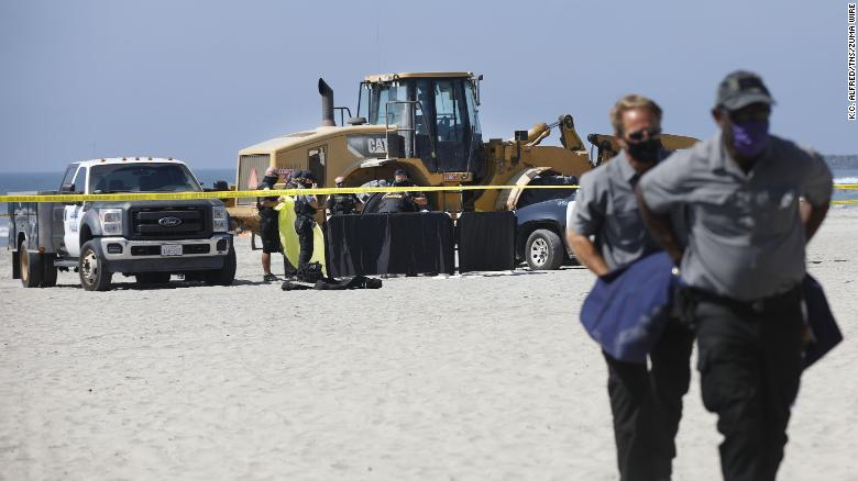 Tractor runs over and kills woman sleeping on California beach