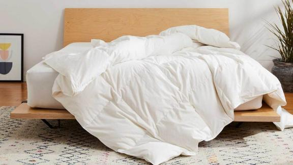 Brooklinen Down Alternative All-Season Comforter