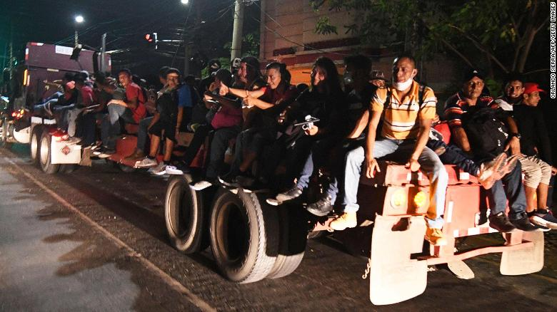 Honduras caravan heads towards US to escape pandemic-induced poverty