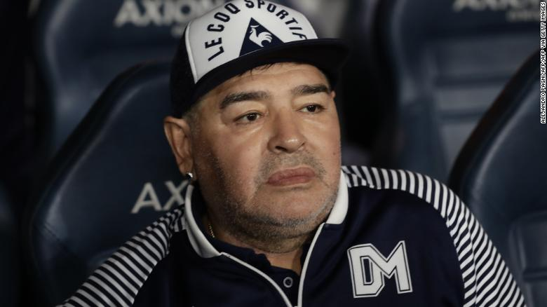 Maradona before the start of an Argentina First Division match between Boca Juniors and Gimnasia La Plata.
