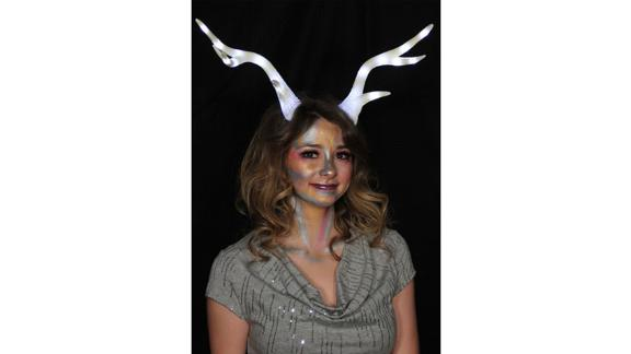 White Light-Up Deer Antlers LumenHorns