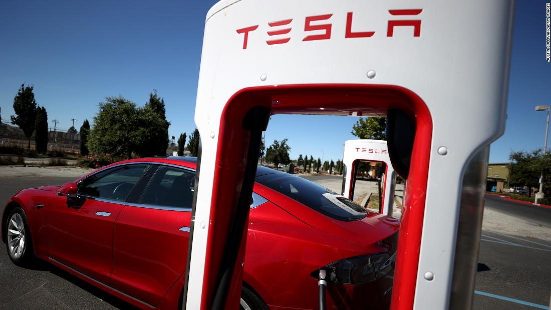 tesla-shares-sink-7-despite-record-car-sales