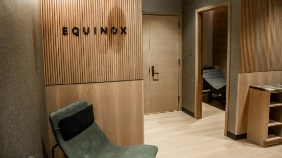 The Equinox Spa in the JFK Centurion Lounge features the Equinox Body Lab, which is normally only accessible within Equinox clubs.