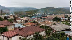 США, Франция и Россия призывают к прекращению огня из-за бушующих боев в Нагорном Карабахе