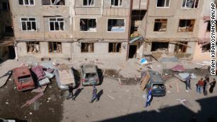 Россия - единственная страна, способная остановить армяно-азербайджанский конфликт.  Поднимется ли он и сделает это?