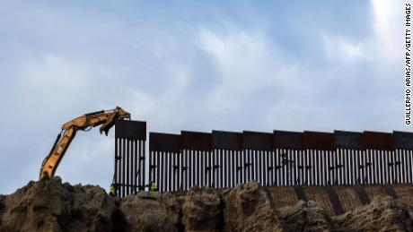 Border wall construction presses on in Trump's final days