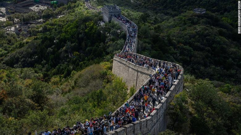 See tourists swarm China during Golden Week