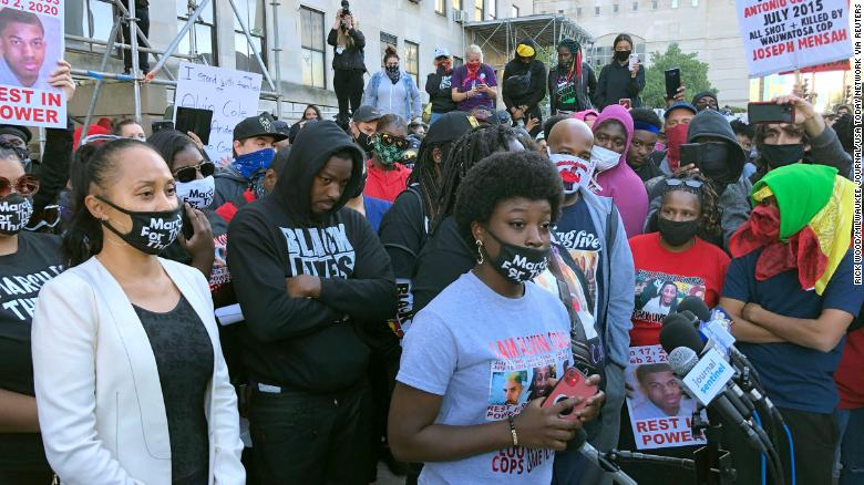 Alvin Cole's mother and sisters arrested by Wauwatosa Police following another night of protests, attorney says