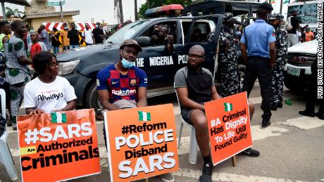 Nigeria End Sars protests: Kanye West and other stars speak out against  police brutality - CNN