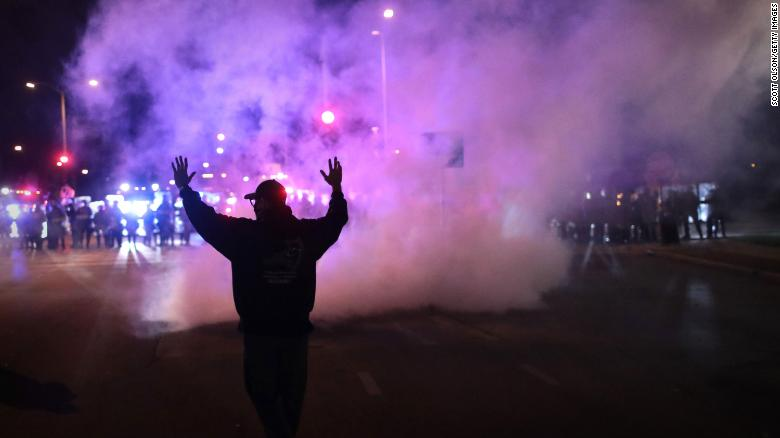 Wisconsin police deploy tear gas as protests over Alvin Cole's death move into third night
