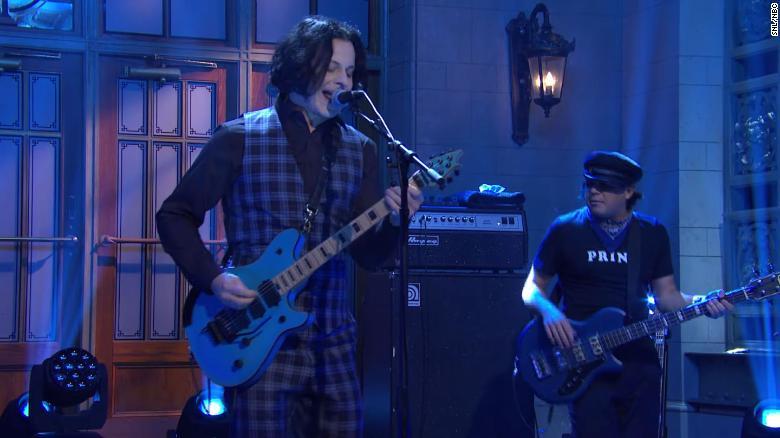 Jack White honors Eddie Van Halen during 'SNL' performance