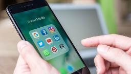 201012185133 social media phone   stock hp video