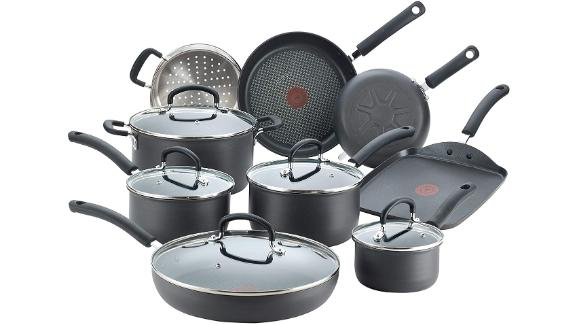 T-fal E918SE Ultimate Hard Anodized Nonstick 14 Piece Cookware Set