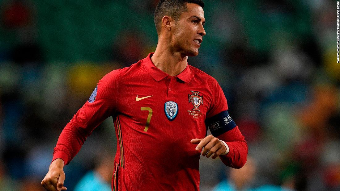 Cristiano Ronaldo tests positive for coronavirus – CNN International