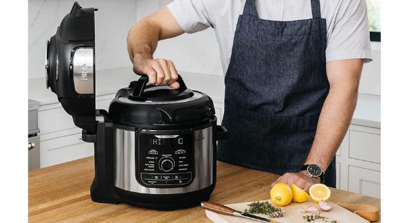 Ninja Foodi 8-Quart 9-in-1 Deluxe XL Pressure Cooker