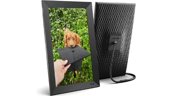 Nixplay Smart Digital Picture Frame 15.6in