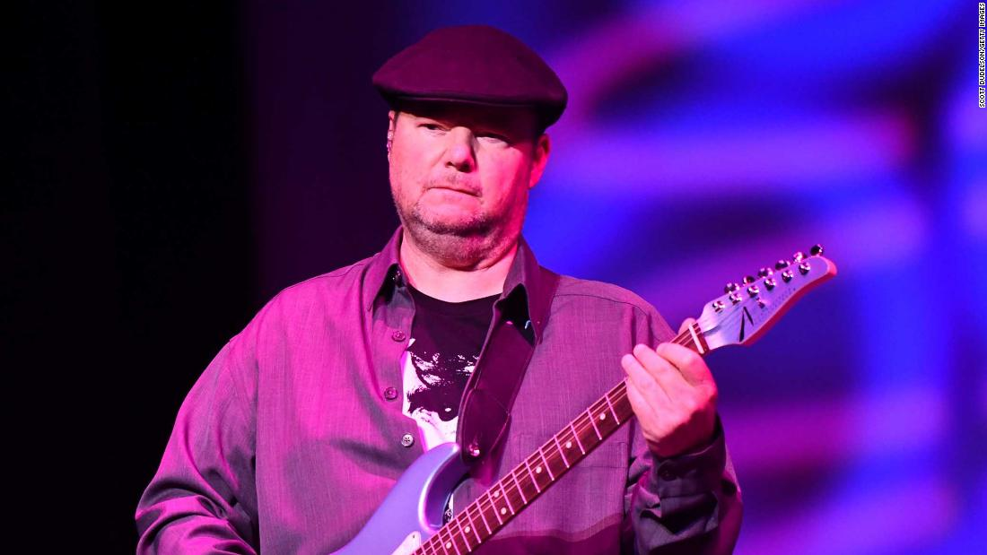 Christopher Cross says Covid-19 paralyzed him temporarily