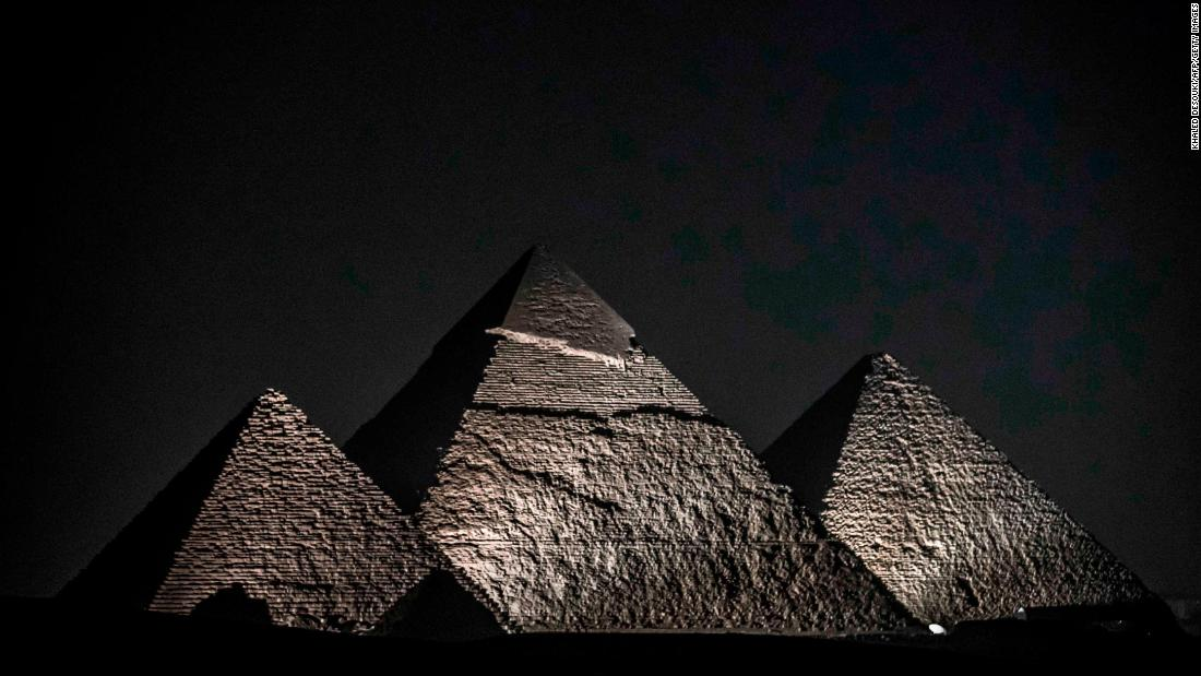 Egypt adds restaurant at ancient pyramid site