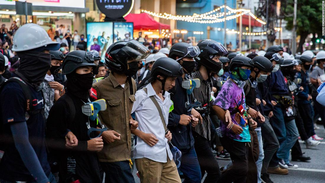 Thailand's Prime Minister lifts state of emergency. Protesters give him three days to resign
