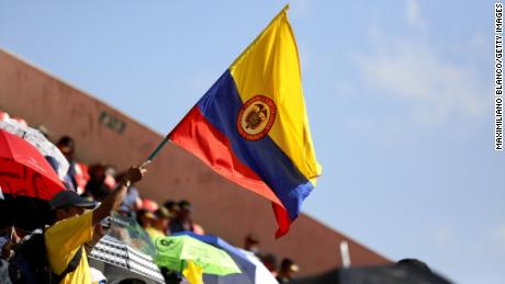 Colombian politicians shouldn't take sides in US election